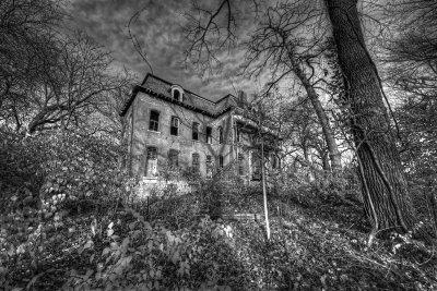 [L021b] Most Haunted House_1